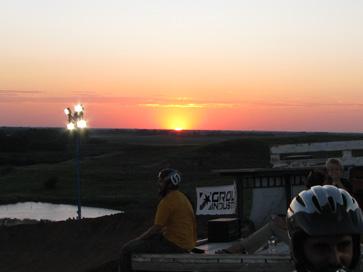 Van Dewitt in Kansas sunset - photo by: Altitude Sickness